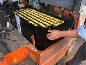 Saat Memasang Battery