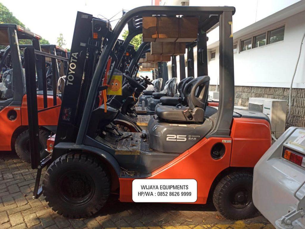 Harga Forklift Toyota 2.5 Ton