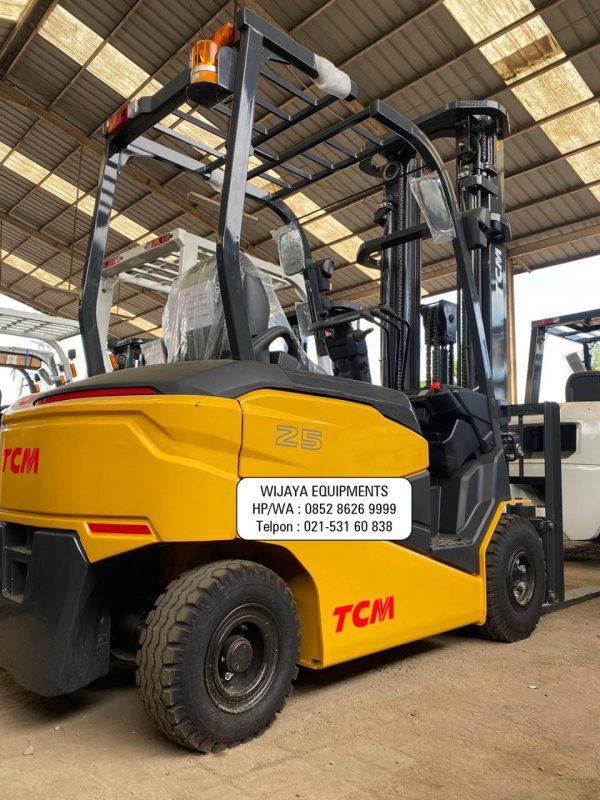 TCM Electric Forklift