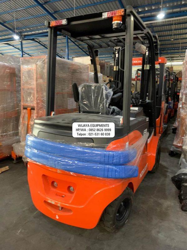Forklift Electric Noblelift 3 Ton