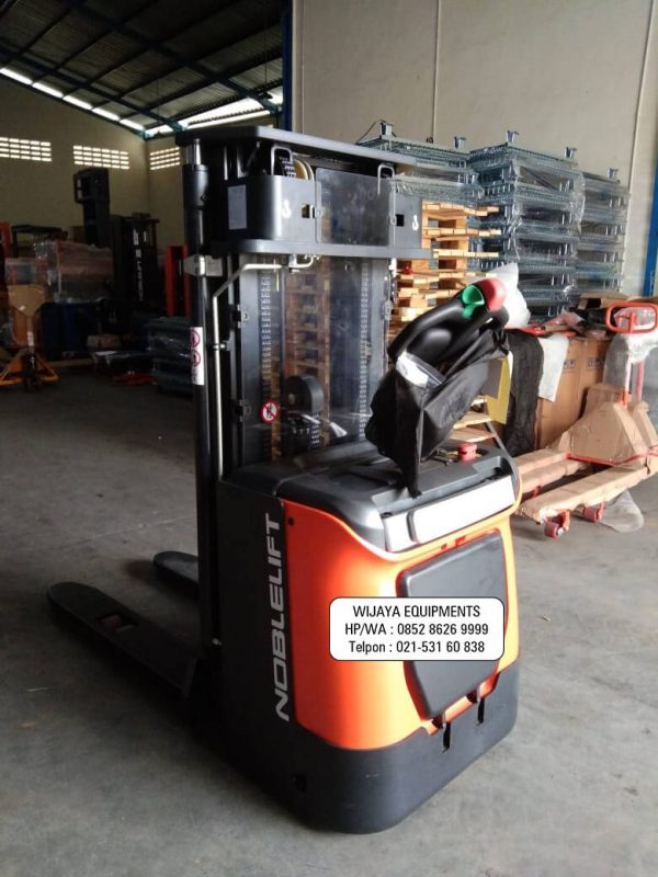 Stacker Electric Noblelift