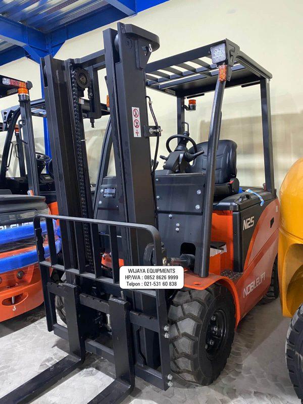 Forklift Noblelift FE4P25N